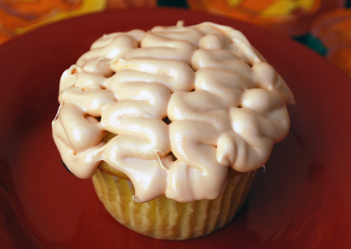 Halloween Cupcake Decorating: The Brain