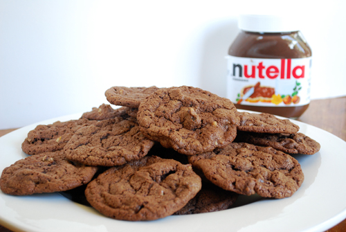 http://familyspice.com/fs_photos/recipes/nutella_cookies/nutella_cookies.jpg