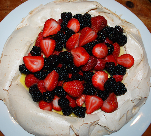 Budget Gourmet: Pavlova with Berries by FamilySpice.com