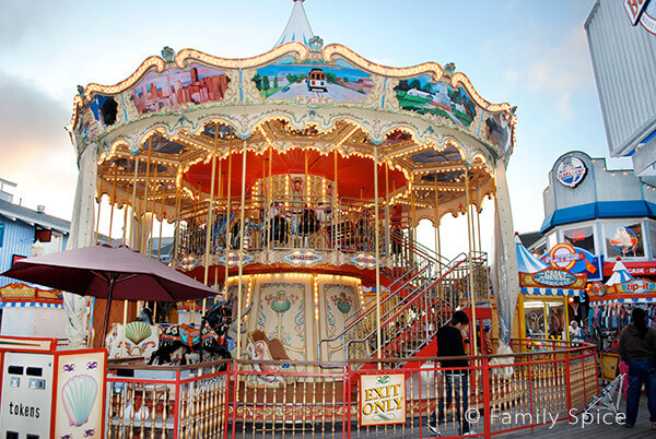 carousel_600