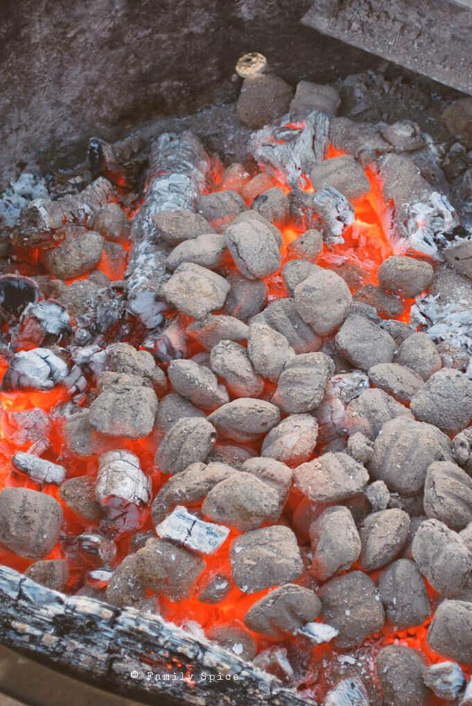 Preparing coals for Dutch Oven Cornbread Chili by FamilySpice.com