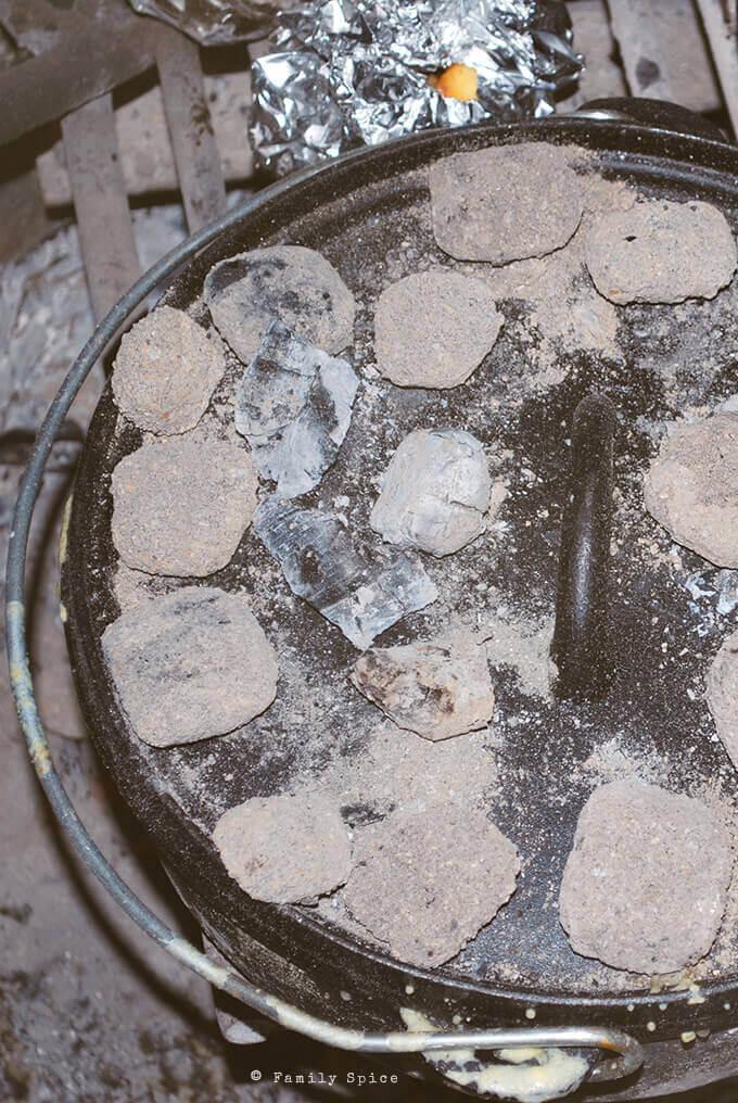 Making Dutch Oven Cornbread Chili by FamilySpice.com