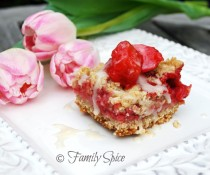 strawberry_rhubarb_bars2