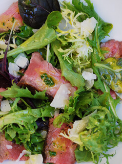 steak_salad_dijon_vinaigrette