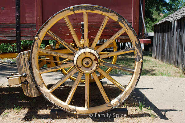 wagon_wheel_600