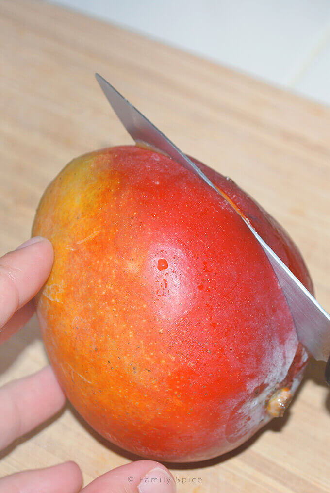 How to cut a mango by FamilySpice.com
