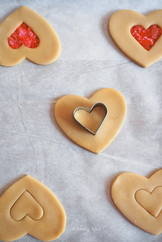 Assembling Stained Glass Cookies by FamilySpice.com