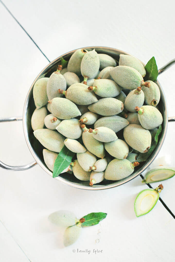 Green Almonds (Chaghaleh Badoom) by FamilySpice.com