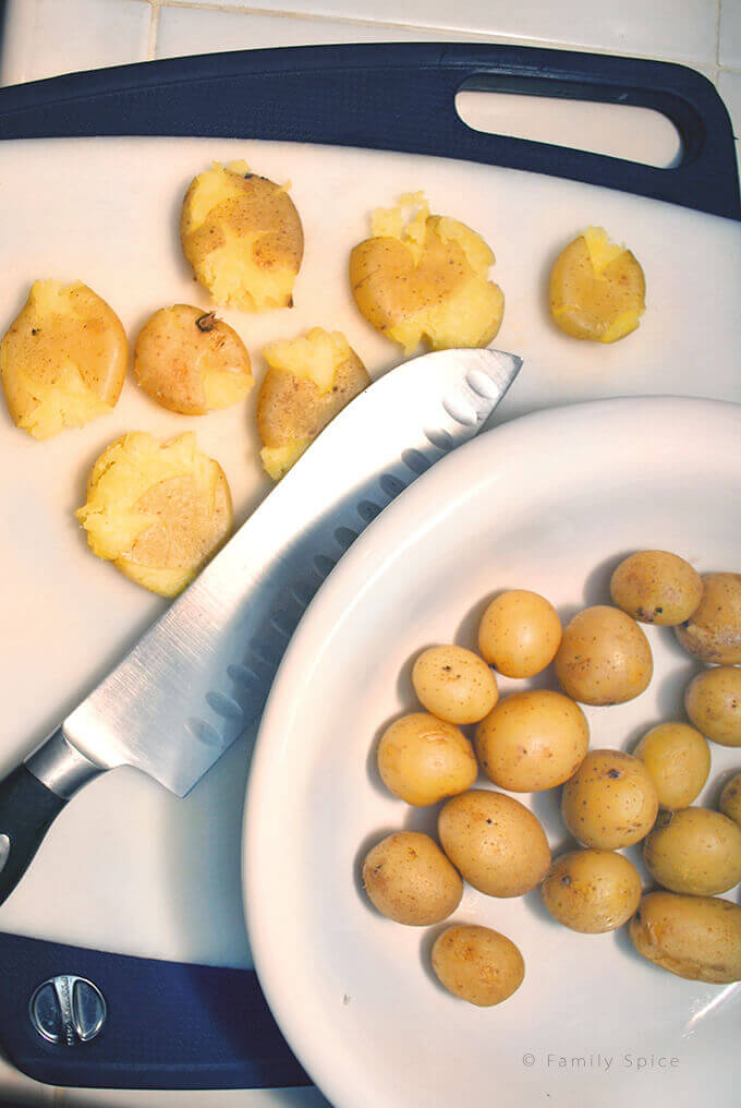 Making Garlic Smashed Potatoes by FamilySpice.com