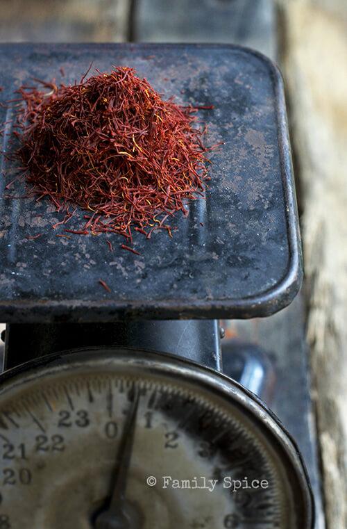 saffron_scale