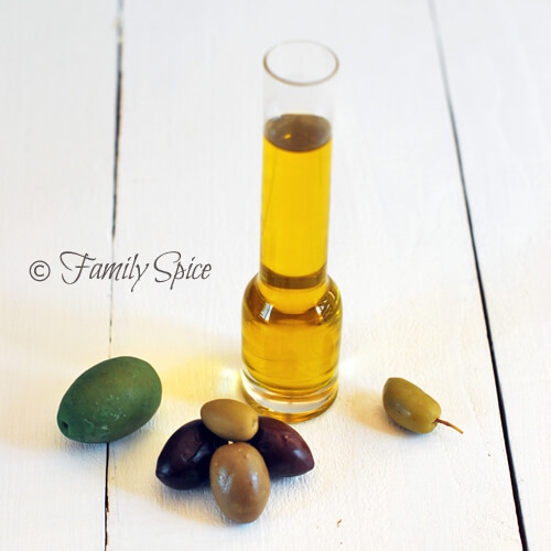 A Lesson on Oils: Olive Oil by FamilySpice.com
