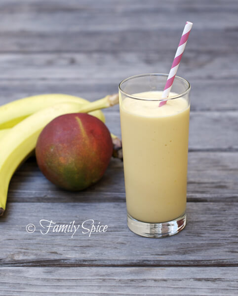 Mango Recipes: Mango & Banana Protein Shake/Smoothie