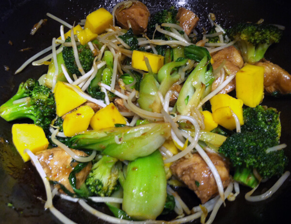 Mango Recipes: Mango Teriyaki Stir Fry