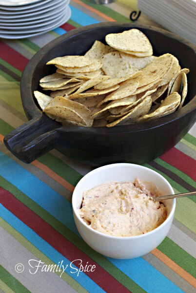 Easy Red Chile Pepper & Garlic Dip