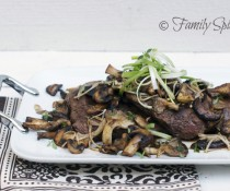 flank_steak_wild_mushrooms1