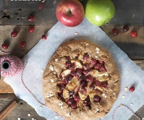 Whole Wheat Galette with Apple and Cranberry by FamilySpice.com