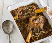 Persian String Bean Stew with Lamb Shanks (Khorest-e Loobia Sabz) by FamilySpice.com