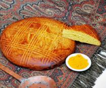 Azerbaijani Sweet Milk Bread (Shirin Chorek) by FamilySpice.com