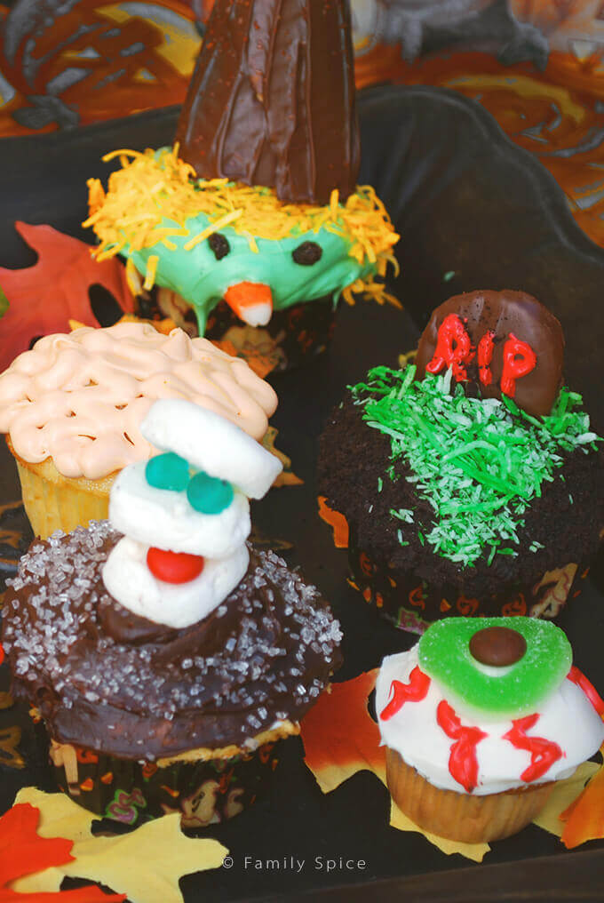 No matter how bad you are at decorating cupcakes, these candy hacks will make some goulishly fun halloween cupcakes! -- FamilySpice.com