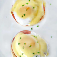 Alton Brown Eggs Benedict with Hollandaise Sauce
