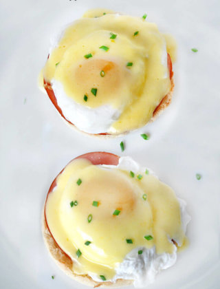 Overhead Shot of Alton Brown Eggs Benedict with Hollandaise Sauce by FamilySpice.com