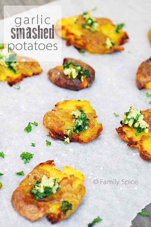 Garlic Smashed Potatoes by FamilySpice.com