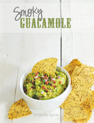 Football Eats: Smoky Guacamole with Bacon for #SundaySupper