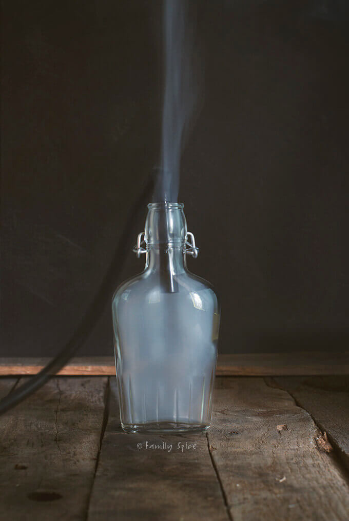 Adding smoke to a glass flask by FamilySpice.com