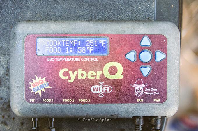 CyberQ grill temperature regulator by FamilySpice.com