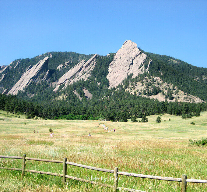 The flat iron mountains in Boulder, Colorado by FamilySpice.com