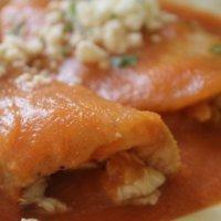 Entomatadas de Pollo (Chicken Entomatadas)