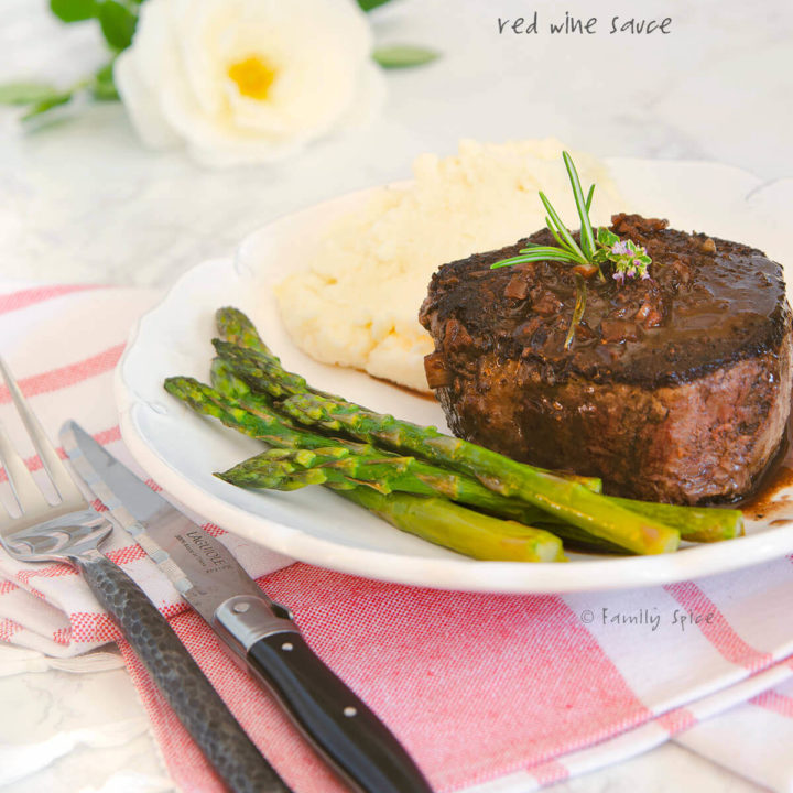 Filet Mignon Steak with Red Wine Sauce